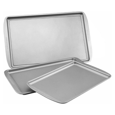 Friday Favorites: Baking Sheets and Pans