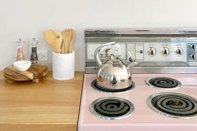 MOTM: Retro Kitchens
